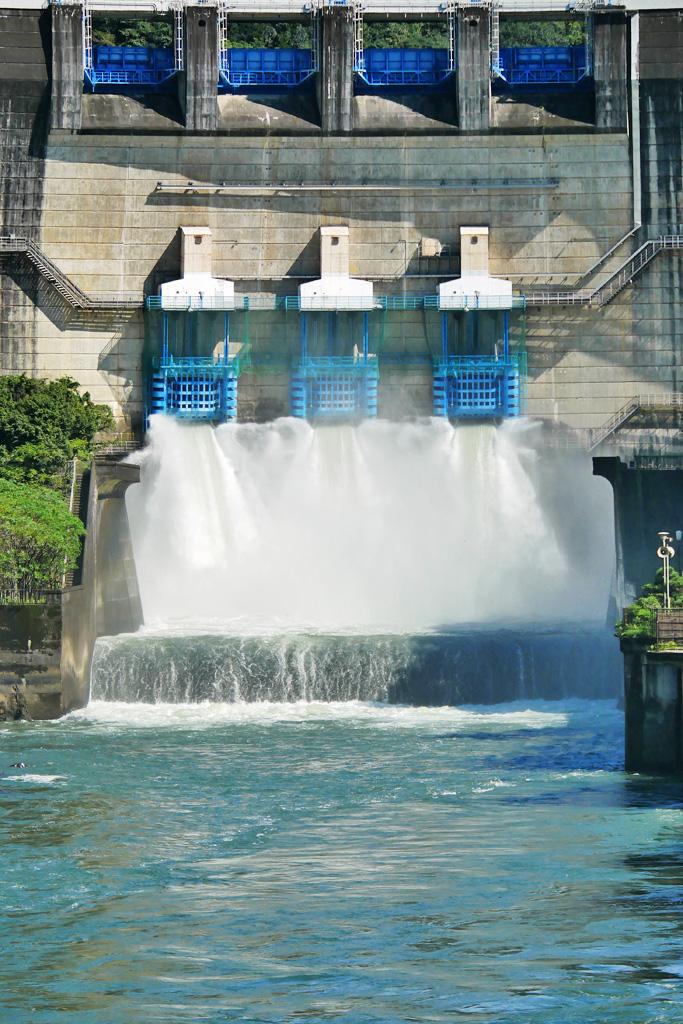 宇治 天ヶ瀬ダムの写真素材