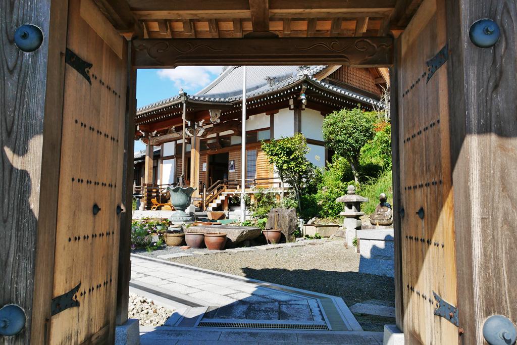 安養寺の写真素材