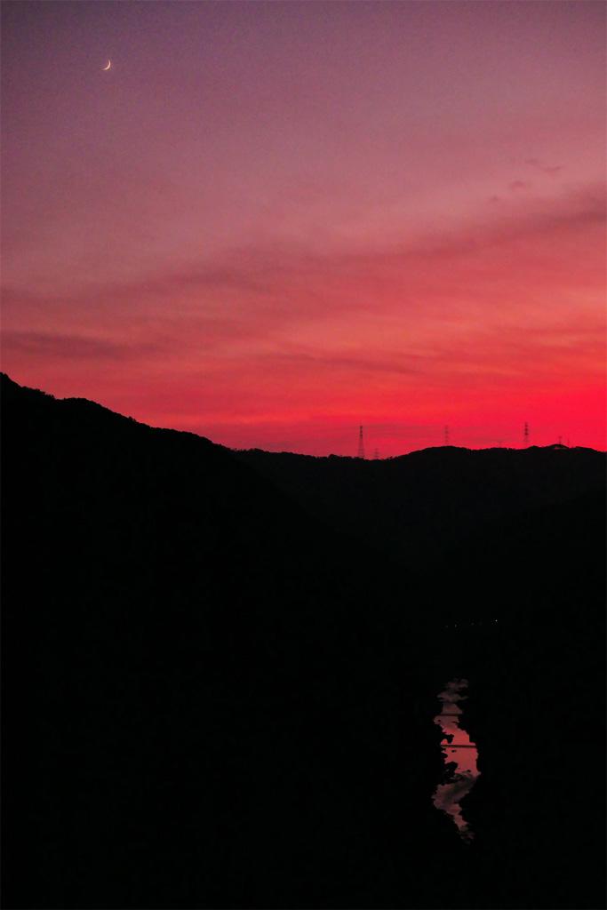 夕焼け空 嵐山高雄パークウェイの写真素材