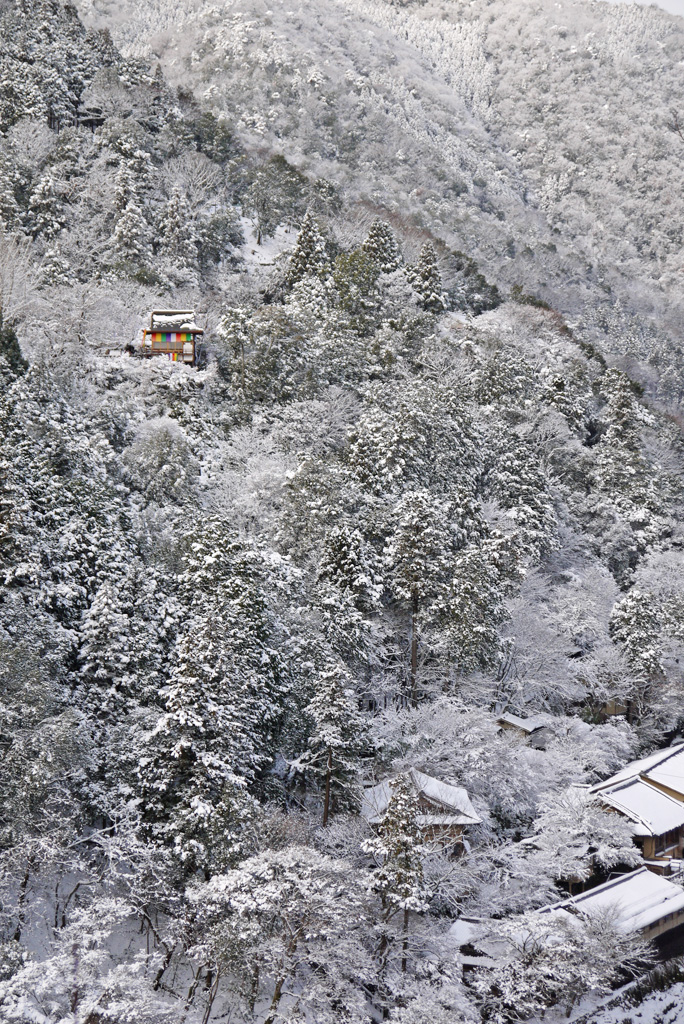 大悲閣千光寺の雪景色の写真素材の写真素材