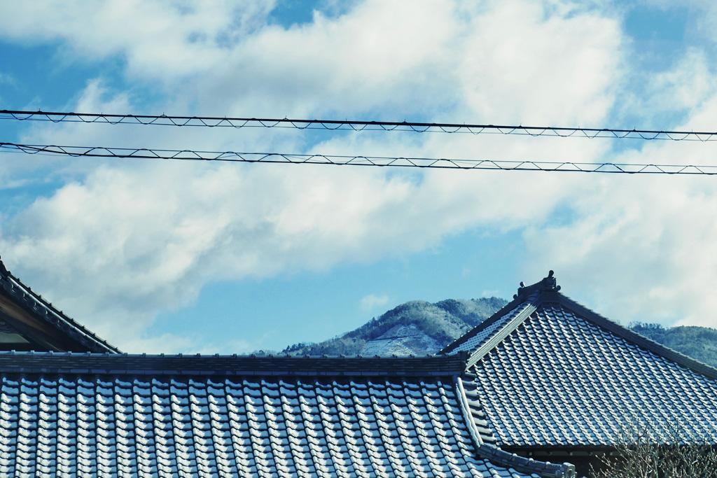 雪の大文字山の写真素材