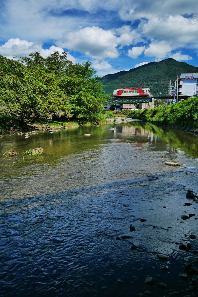 叡電と比叡山の写真素材
