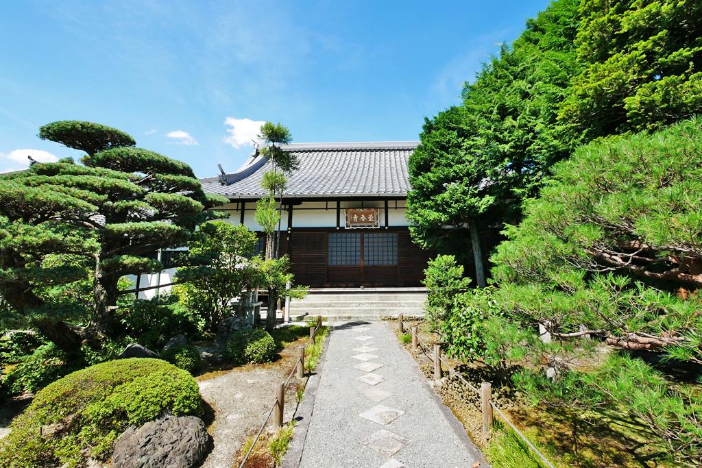 栄春寺の写真素材