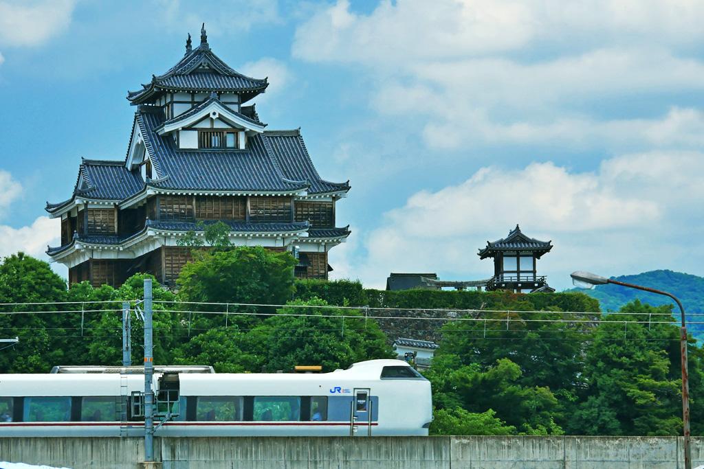 山陰線と福知山城の写真素材