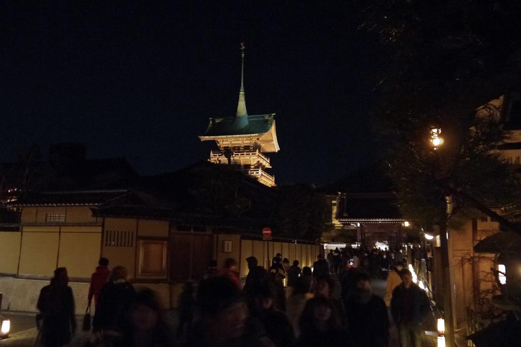 祇園の塔の写真素材