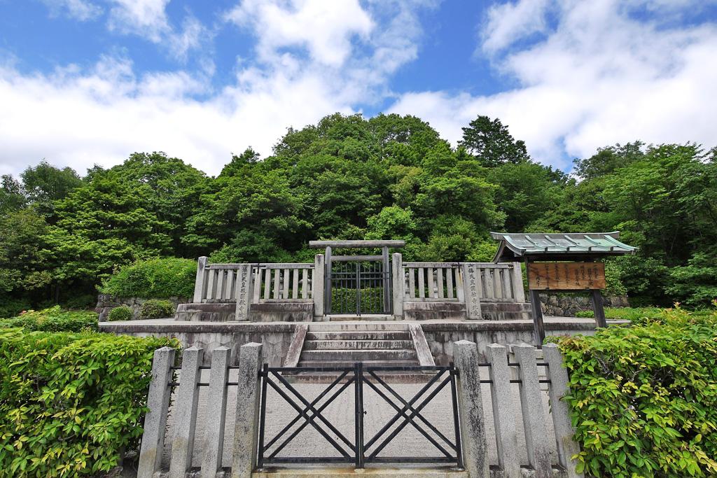 一條天皇陵の写真素材