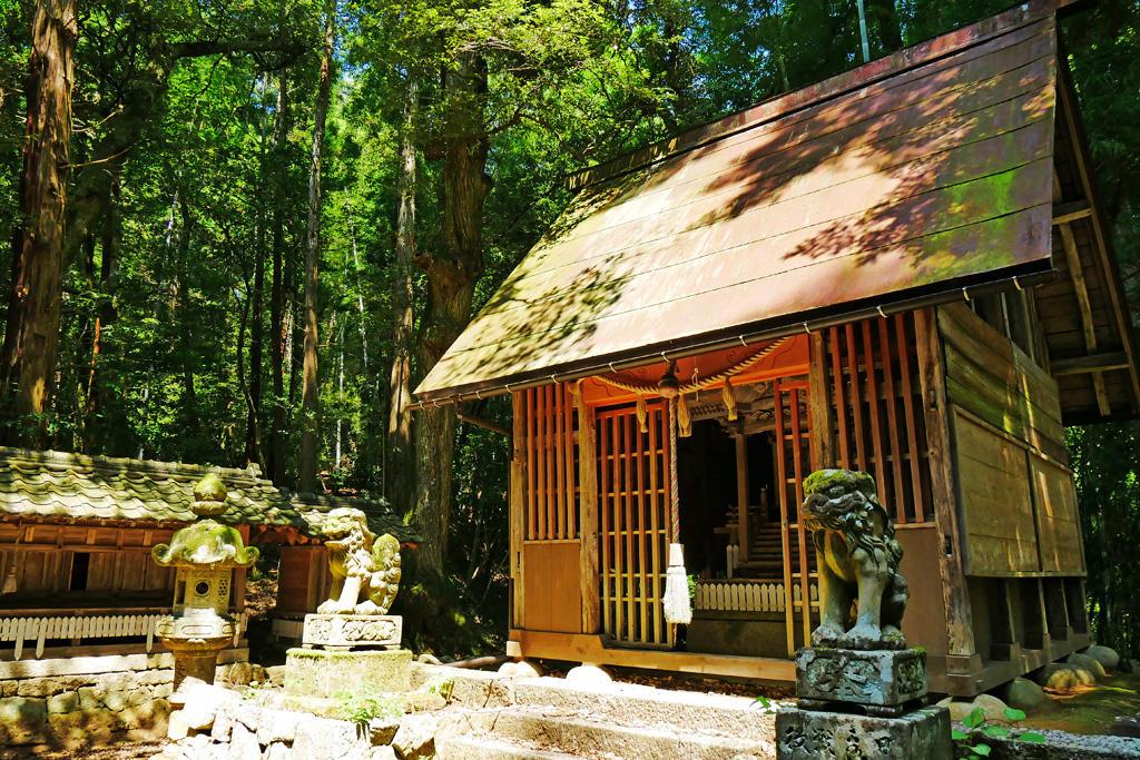 四所駅前 八幡神社の写真素材