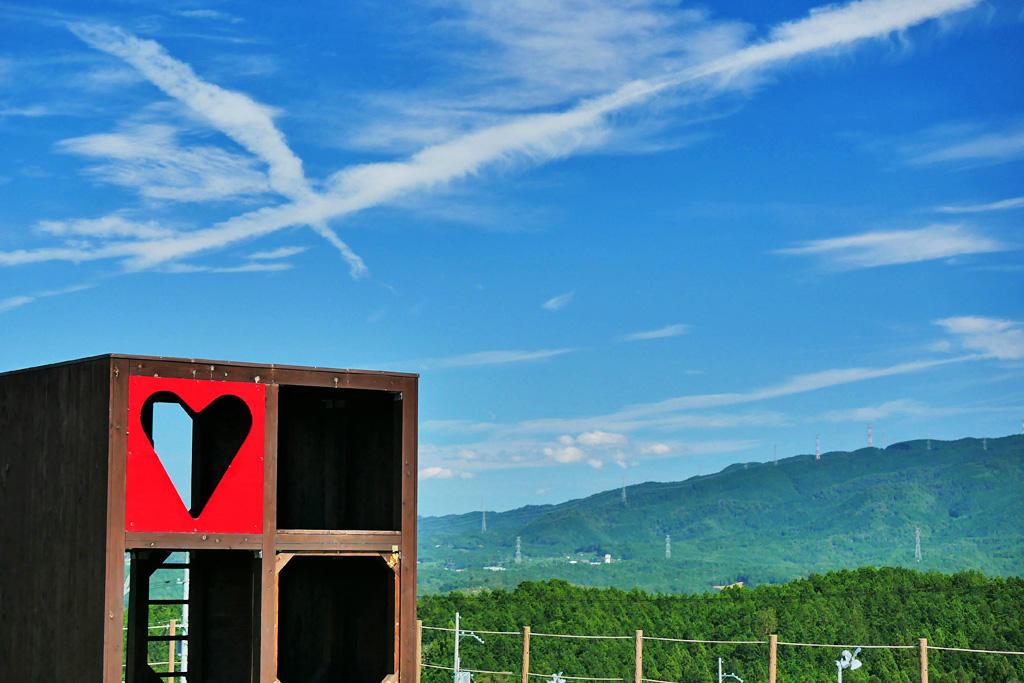 西ノ山展望公園のハートの写真素材