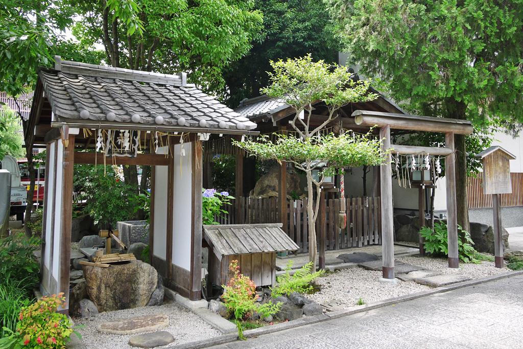 岩上神社の写真素材