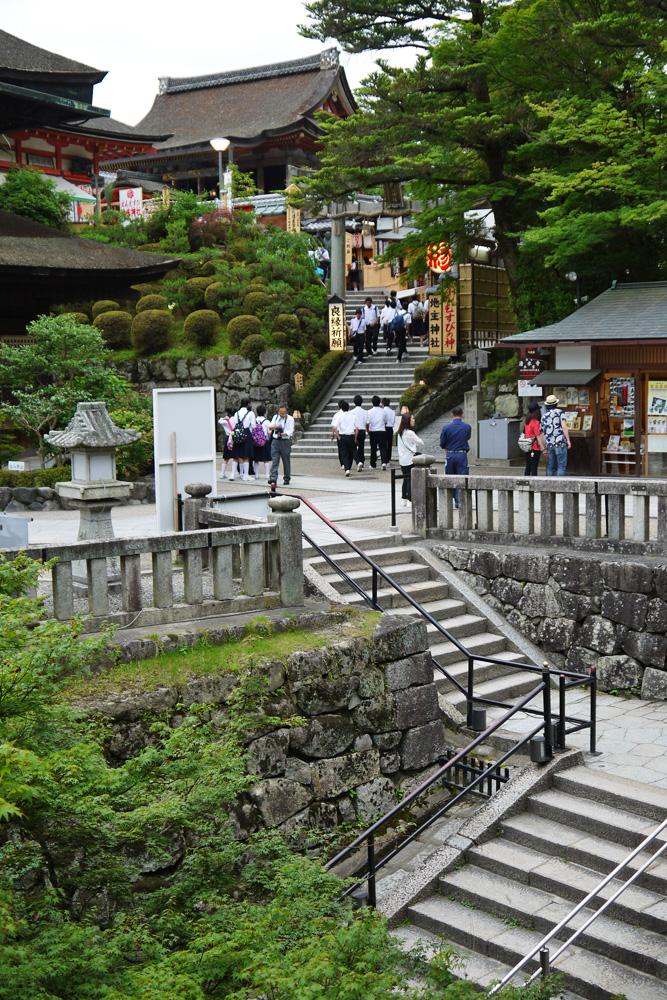 縁結びの地主神社