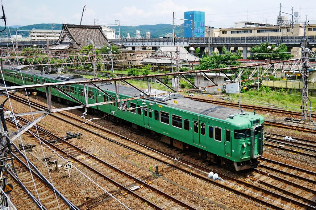 京都のJRと西光寺の写真素材
