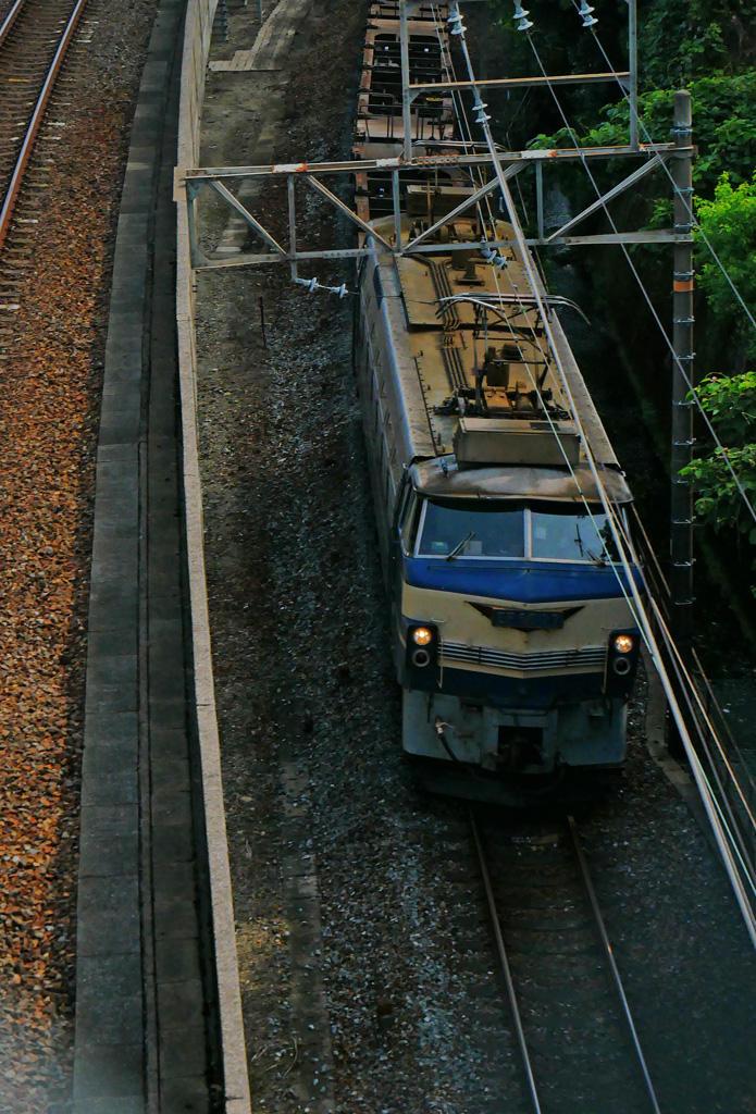 JR貨物列車 EF66-27 ニーナの写真素材