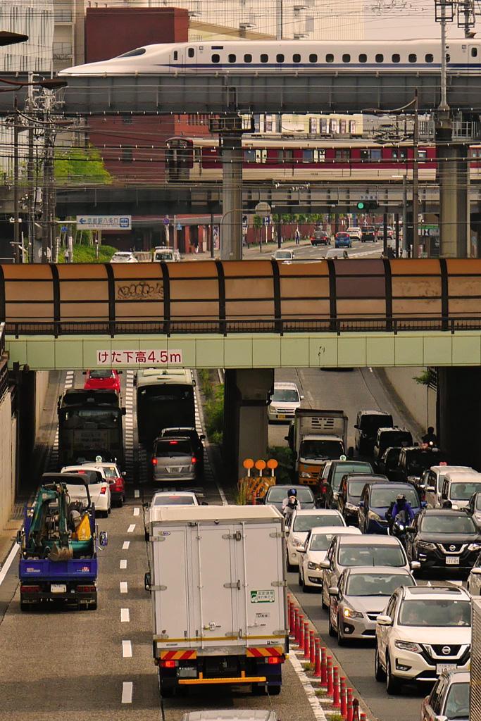 京都の新幹線と近鉄の写真素材