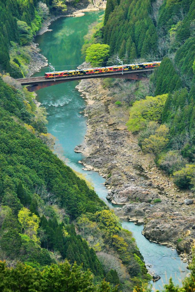 JR山陰線 保津川の写真素材
