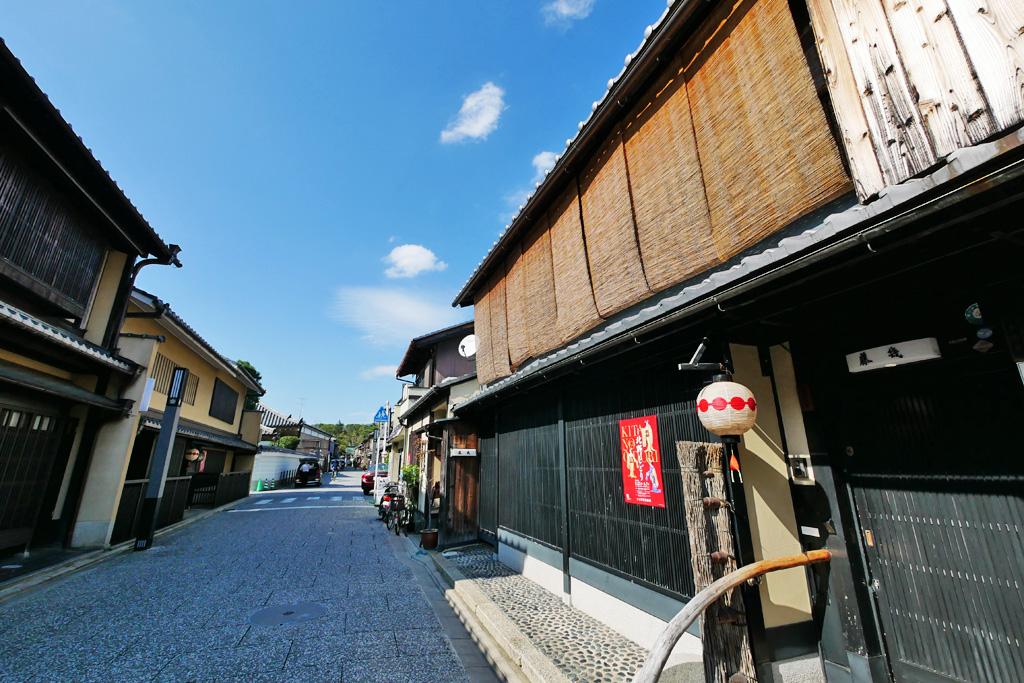上七軒 京都の町並みの写真素材