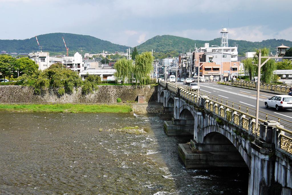 京都 鴨川 七条大橋の写真