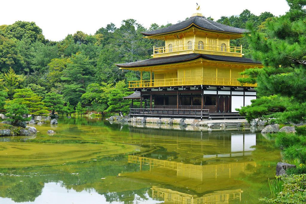 金閣寺の写真素材