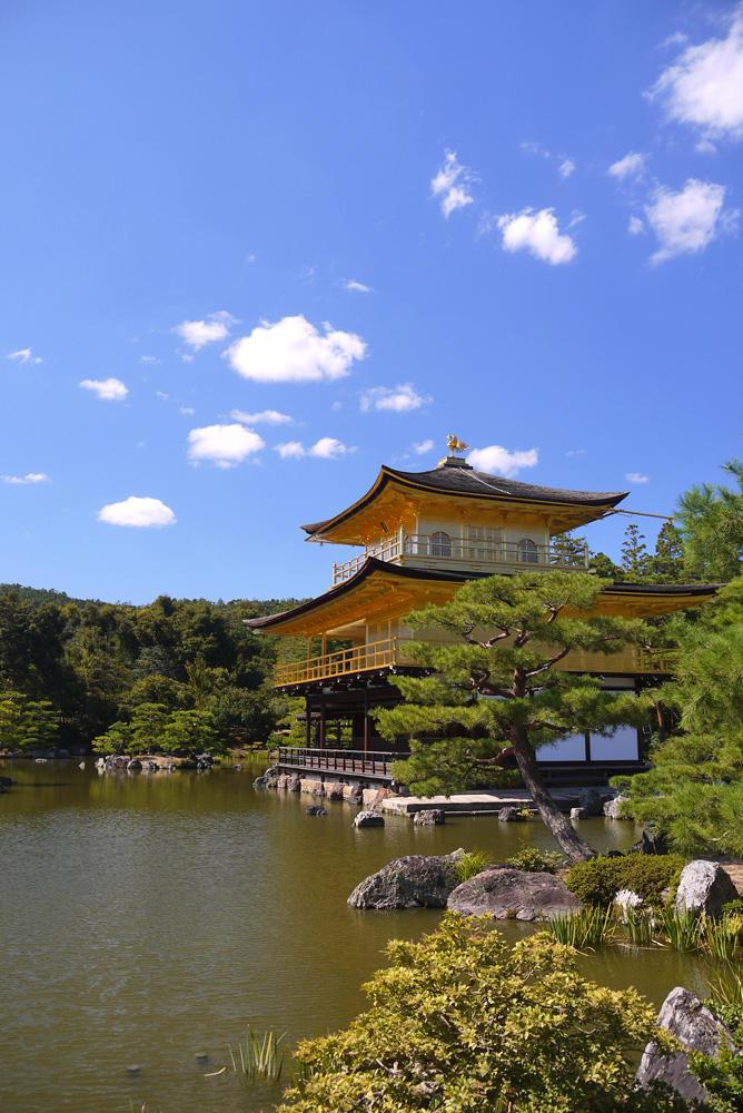 金閣寺と青空の写真素材