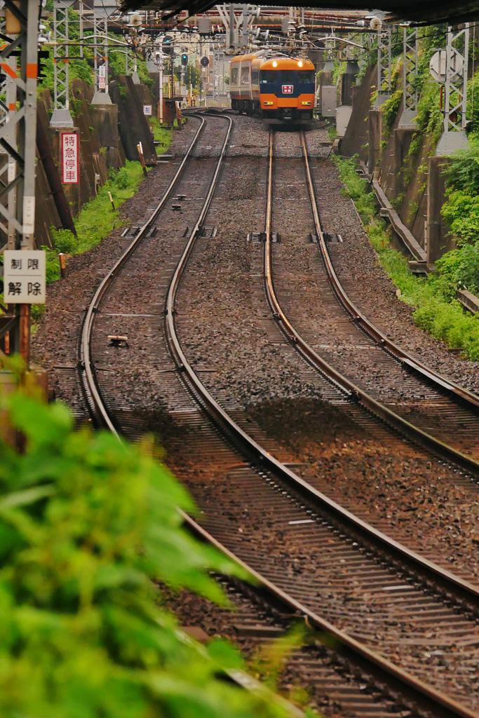 近鉄電車 丹波橋の写真素材