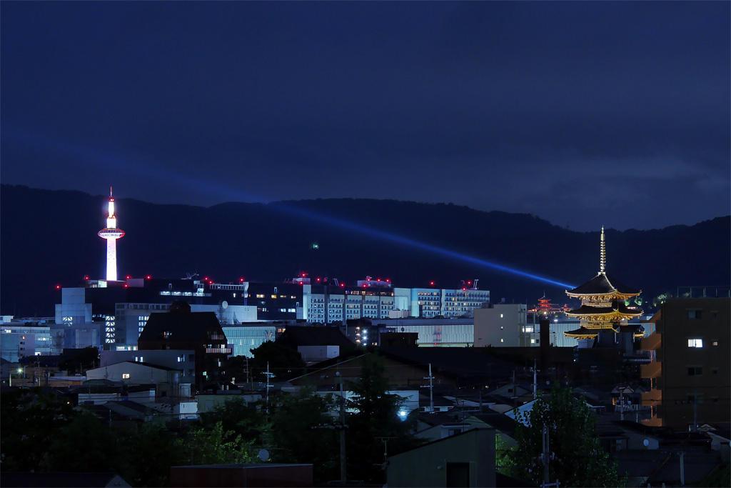 清水寺の夏のライトアップ 東寺 京都駅の写真素材