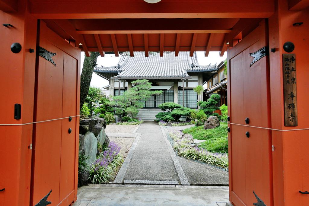 恋塚浄禅寺の写真素材