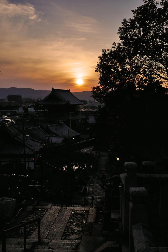 金戒光明寺の夕景の写真素材
