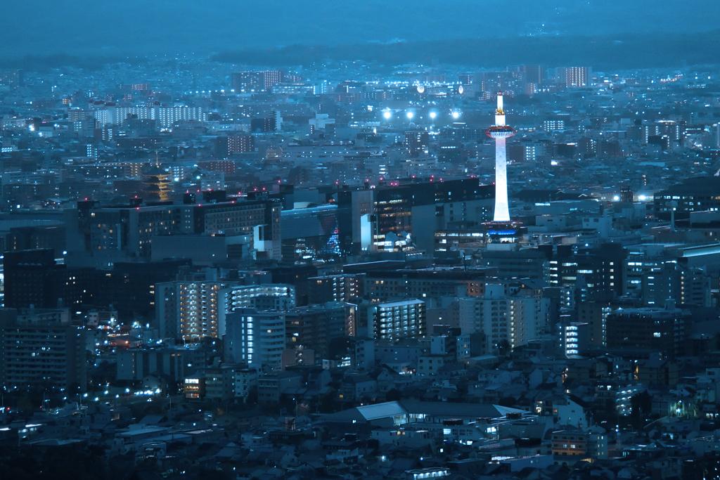 将軍塚大日堂の夜景の写真素材