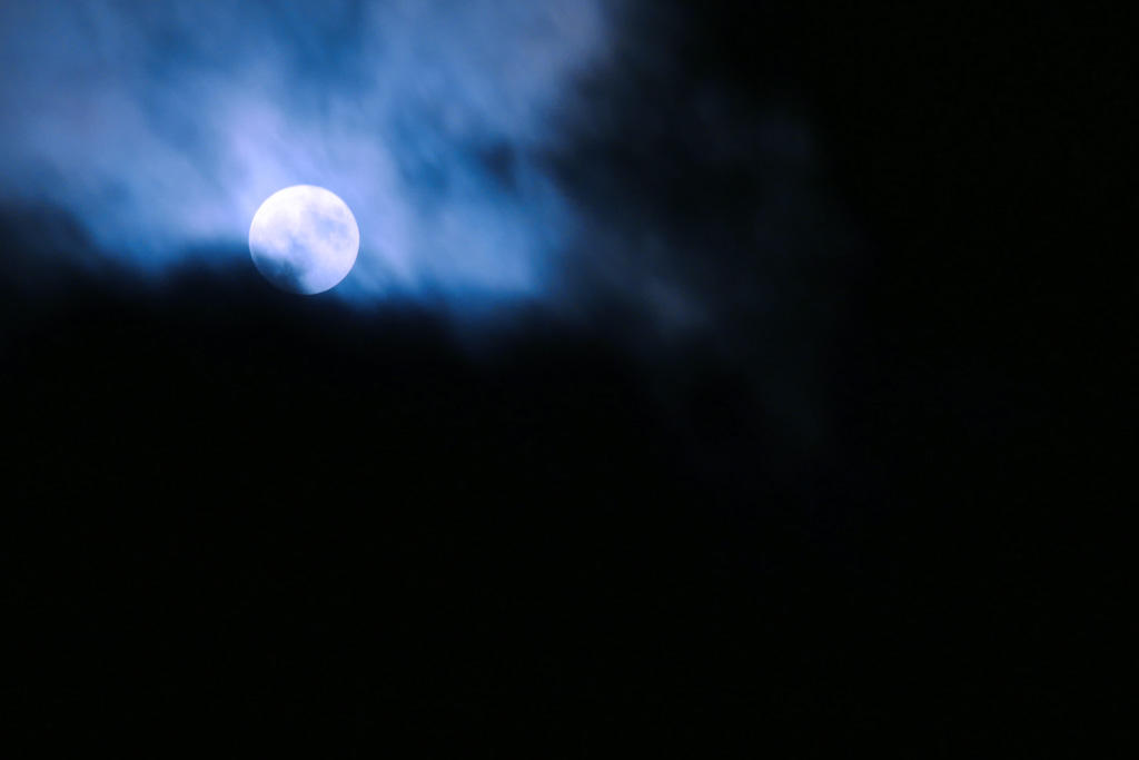 満月の写真素材