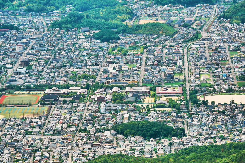 遠くから見る妙満寺の写真素材
