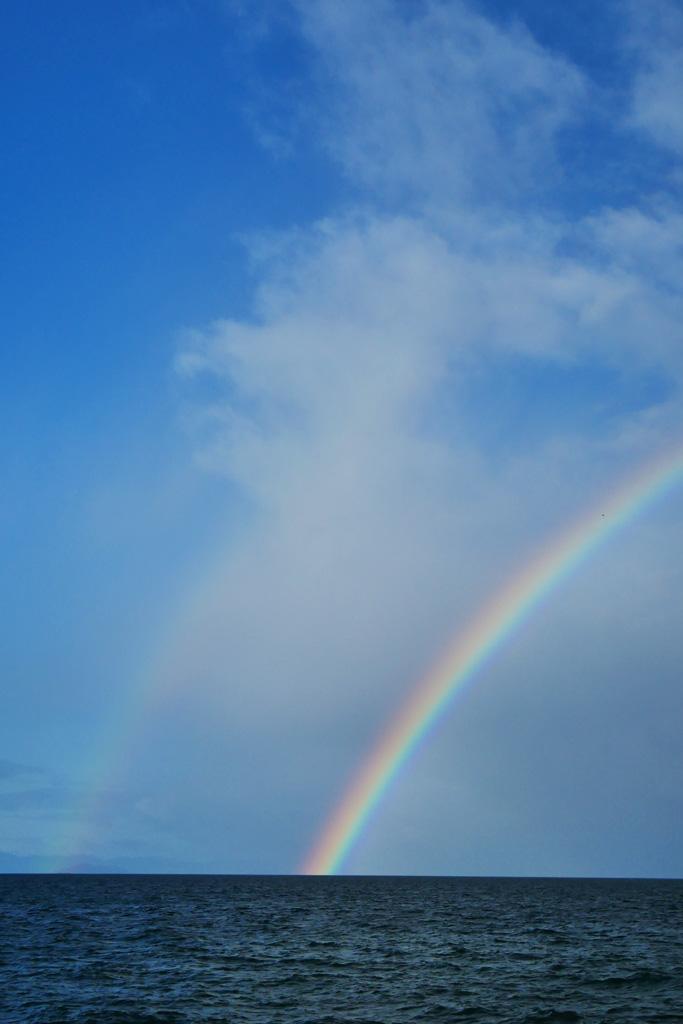 虹 RAINBOW 琵琶湖の写真素材