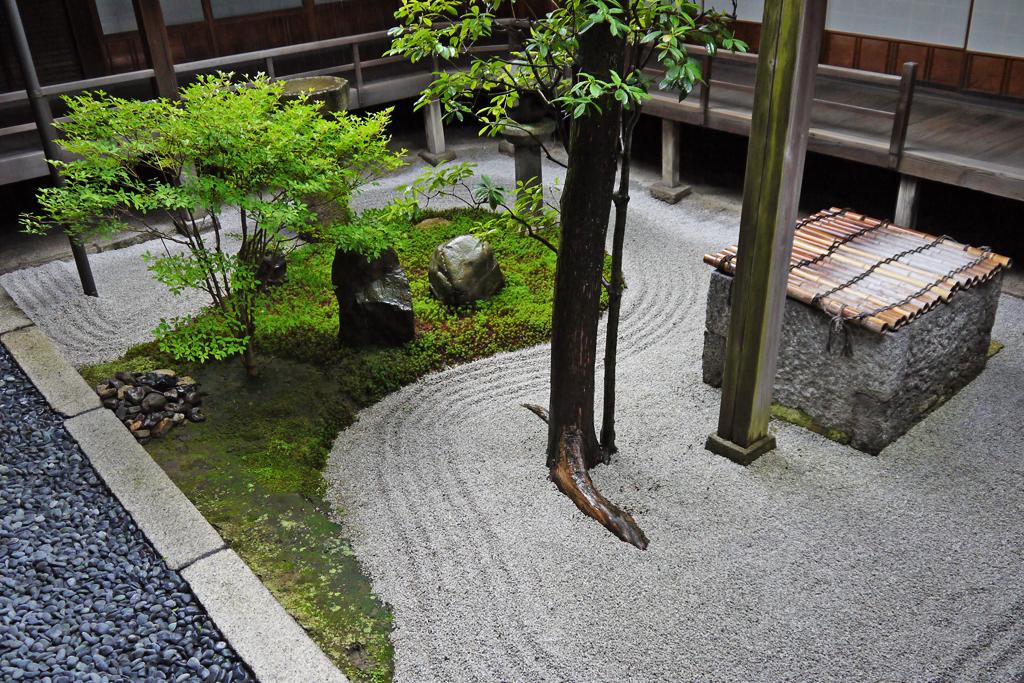建仁寺両足院の庭園の写真素材