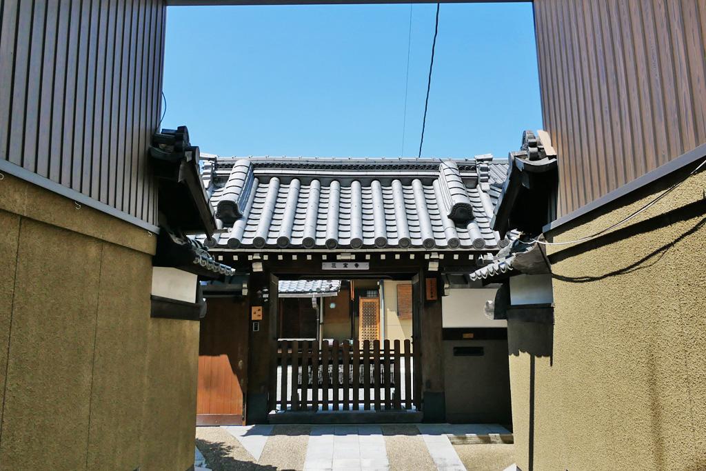 三宝寺(中京区)の写真素材