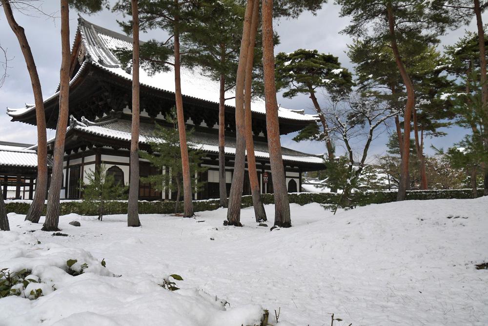 相国寺の雪景色