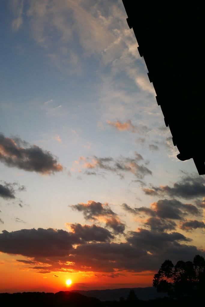 夕方の空の写真素材