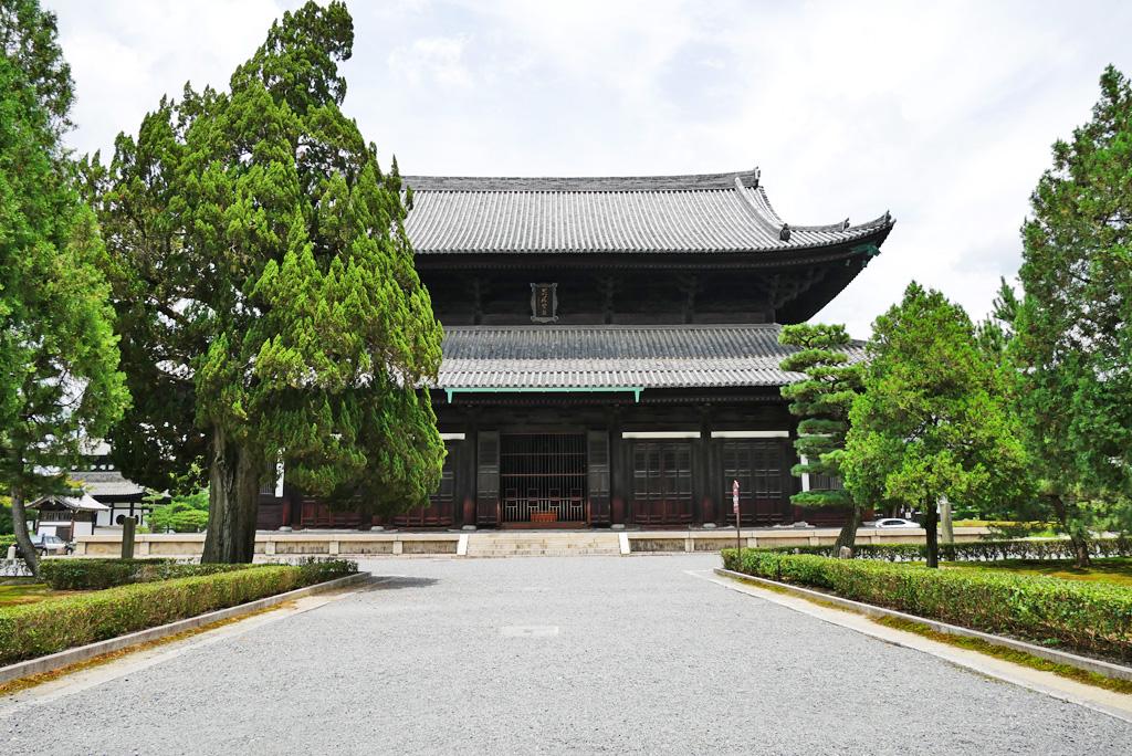 東福寺仏殿の写真素材