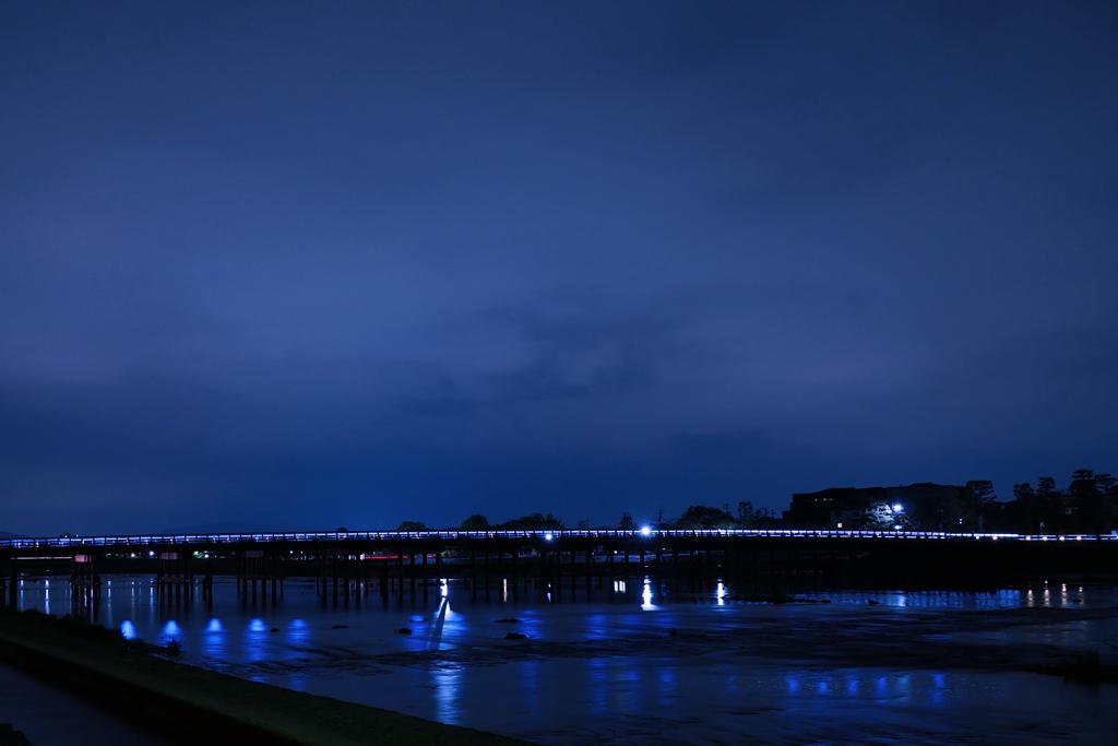 嵐山渡月橋の夜の写真