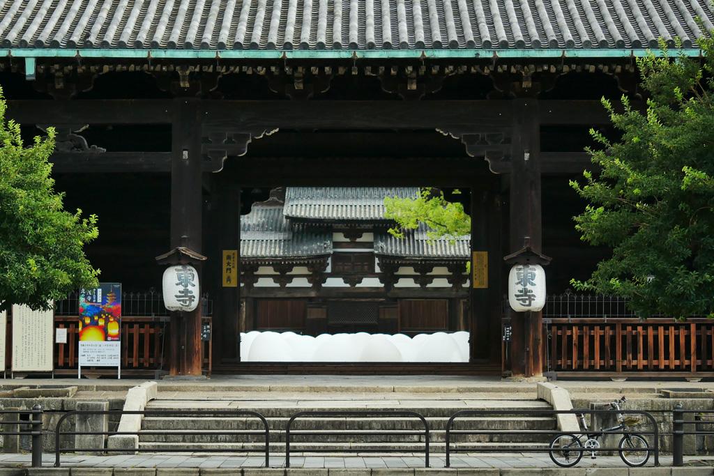 東寺の金堂の写真素材
