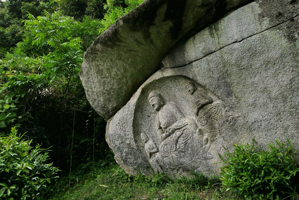 当尾の石仏の写真素材