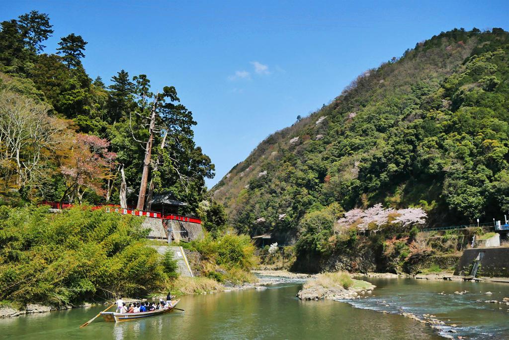 保津川下り 請田神社の写真素材